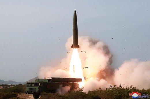 کیم جونگ اون نظارهگر آزمایش موشکی کرهشمالی