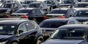 معاون وزیر صنعت، معدن و تجارت: با شایعهسازان بازار خودرو برخورد میکنیم/ اجناس ارزان شد