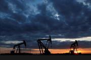 جنگ تجاری آمریکا- چین نرخ نفت را ۶۲ سنت ارزان کرد