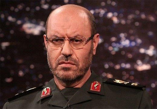 هشدار سردار دهقان به آمریکا: ائتلاف علیه ایران در خلیجفارس را تحمل نخواهیم کرد/ حرفهای ترامپ شوخی یک جاهل قدارهکش است