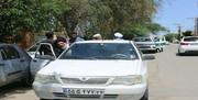 عکس یک امام جمعه با پراید و بدون محافظ