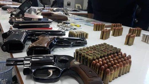 دستگیری ۲ دارنده سلاح و مهمات غیرمجاز در آبادان