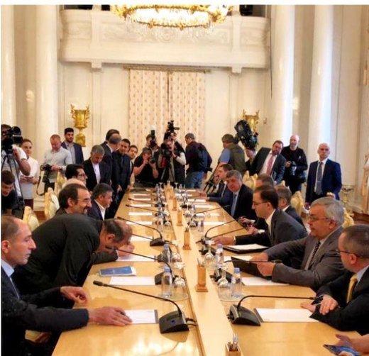 ظريف : اجراءات طهران لا تعني الانسحاب من الاتفاق النووي