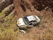 سقوط خودرو به عمق ۵۰۰ متری/ نجات معجزهآسا