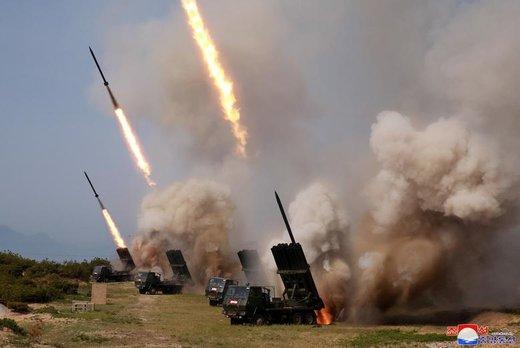 ارتش کره شمالی در طی تمرین نظامی تعدادی سلاح هدایت شده تاکتیکی به دریای شرقی پرتاب کرد
