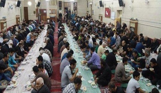 اقامة موائد الافطار لمئات الايتام في مساجد شمال طهران