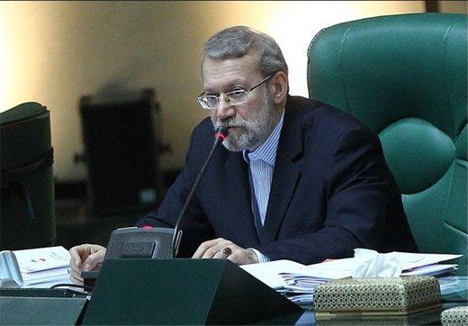 لاریجانی: ملت آمریکا گرفتار رهبران دنکیشوتی شدهاند