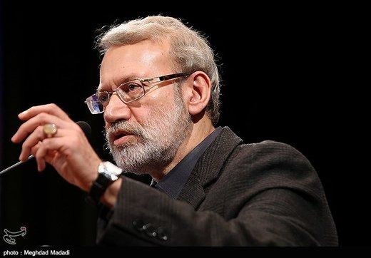 لاریجانی: فرار مالیاتی در شرایط اقتصادی فعلی خیانت است