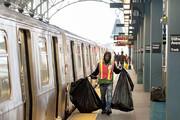 فیلم | واگن قطار پر از زباله در مترو نیویورک