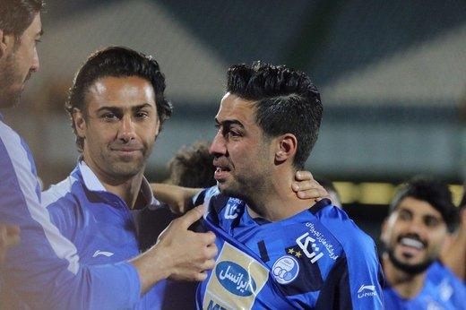 فیلم | لحظه خداحافظی خسرو حیدری از دنیای فوتبال