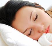 هرگز با موی خیس نخوابید!