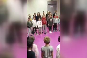 فیلم | وقتی کودکان فرانسوی «شهرام ناظری» میخوانند و بچههای خودمان ساسی مانکن!