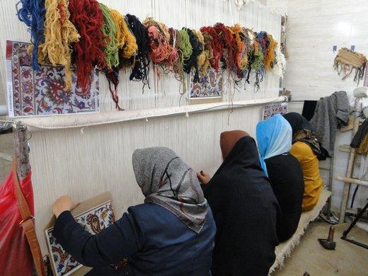 تولید سالانه ۲۹۰.۰۰۰ متر مربع فرش دستباف در آذربایجانغربی