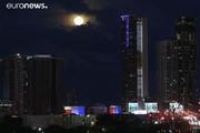 فیلم | ماه آبی را در آسمان آلمان و آمریکا ببینید