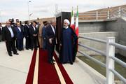 افتتاح چند طرح و پروژه اقتصادی و زیربنایی در استان آذربایجان غربی با حضور روحانی/ رییسجمهور: خوشحالیم که دریاچه ارومیه در شرایط بسیار بهتری قرار داد