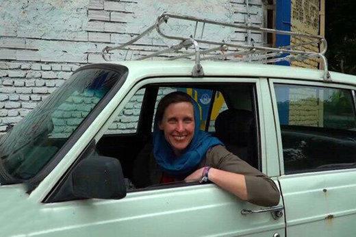 ایرانگردی دختر آلمانی با پیکان,ایرانگردی دختر آلمانی