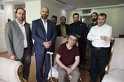 عیادت مدیران تلویزیون از رضا رویگری/ عکس