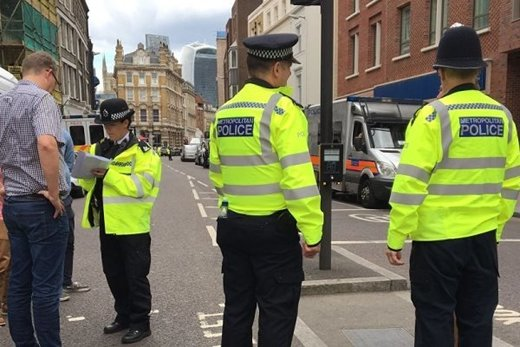 بسته مشکوک در لندن/ وایت هال بسته شد