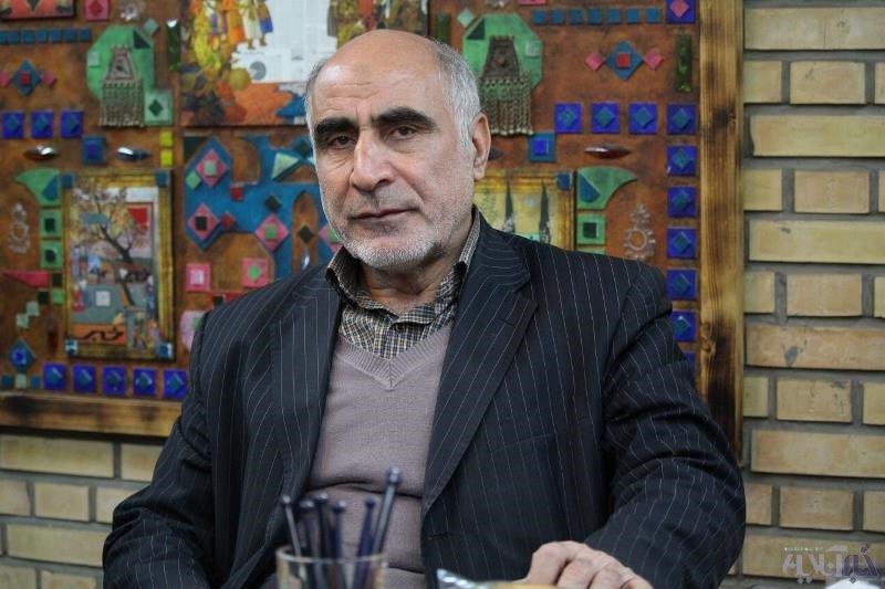 فعال سیاسی اصولگرا: اعتقادی به جلیلی ندارم/ احمدینژاد منحرفترین رئیس جمهور بود