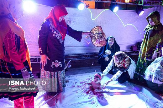 آیین سنتی گل غلتان نوزادان در سمنان
