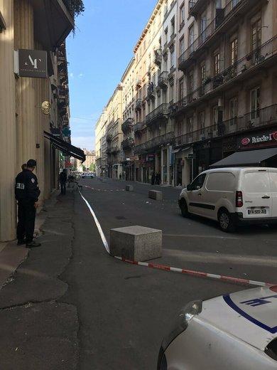 حمله به لیون فرانسه، در یک انفجار ۷ تن زخمی شدند