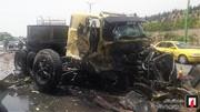 تصاویر   تصادف شدید تریلی و کامیون حمل روغن در بزرگراه شهید یاسینی