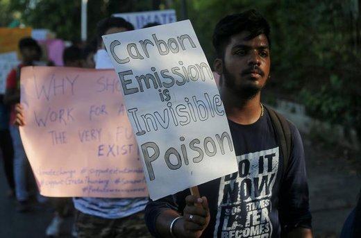 راهپیمایی در اعتراض به تغییرات آب و هوایی در شهر بمبئی هند