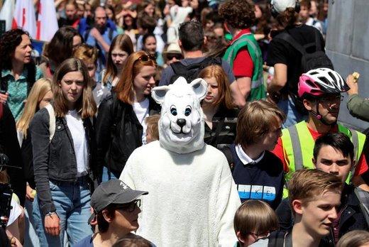 راهپیمایی در اعتراض به تغییرات آب و هوایی در شهر  بروکسل بلژیک