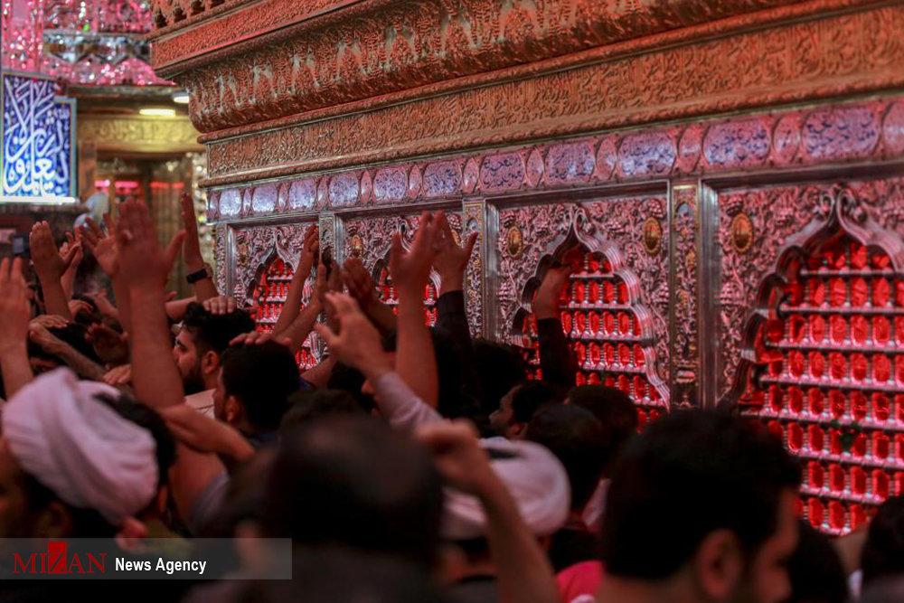 تصاویر | مناجات عاشقان امیرالمومنین در شب نوزدهم رمضان در حرم علوی