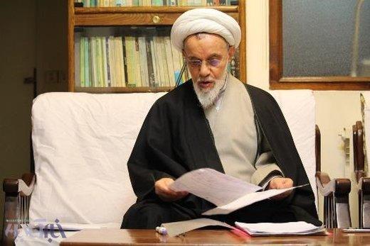 هاشم زاده هریسی: رأی دادن به سیاسیونی که به دنباله جن و خرافات باشند، حرام است /در زمان محمود احمدی نژاد خرافه بیشتر بود