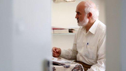 نامه احمد توکلی به سران قوا: اگر خودمان را به کری هم زده باشیم، باید تاکنون صدای «هل من ناصر» مستاجران را شنیده باشیم