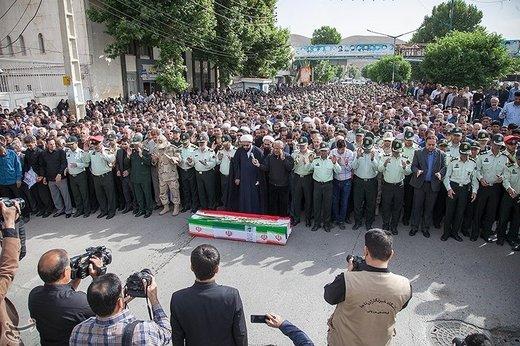 تشییع پیکر شهید کورش حاجی مرادی در کرمانشاه