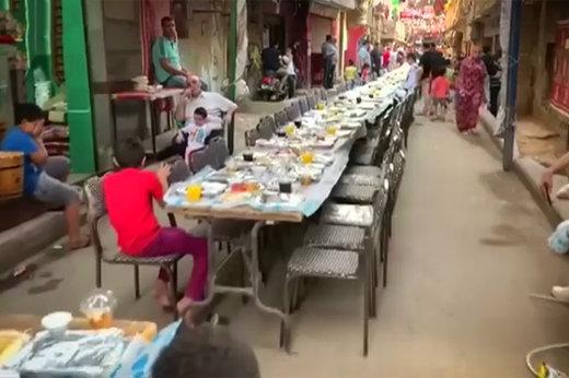 فیلم | میز ۵۰ متری افطار ماه رمضان در قاهره