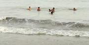 نجات ۱۳ نفر از غرق شدن در دریای مازندران
