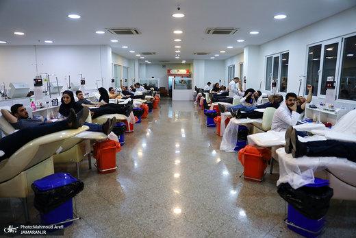 چرا ذخایر خونی کشور کم شد؟/ روایت یک اهداکننده از مرکز اهدای خون وصال