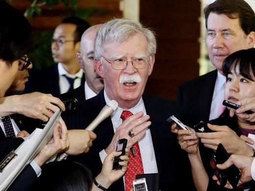 بولتون پس از ورود به امارات: دلیلی ندارد ایران از برجام خارج شود