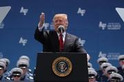 ترامپ برای مکزیک تعرفههای سنگین اعمال کرد