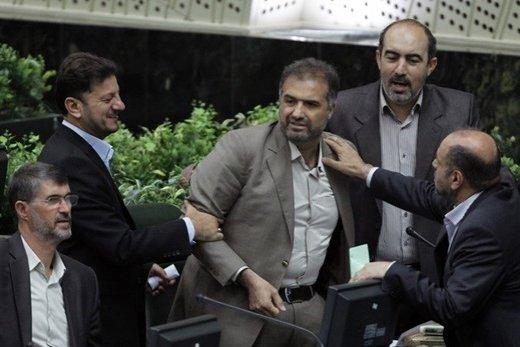 مزاح مصری با کاظم جلالی بعد از استعفا از نمایندگی مجلس: آقای سفیر، امروز هم یک رای بدهید