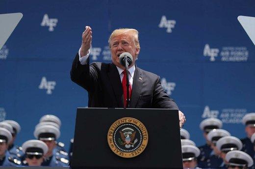 ترامپ خطاب به نیویورکتایمز و واشنگتنپست: ورشکسته خواهید شد و کنار خواهید رفت