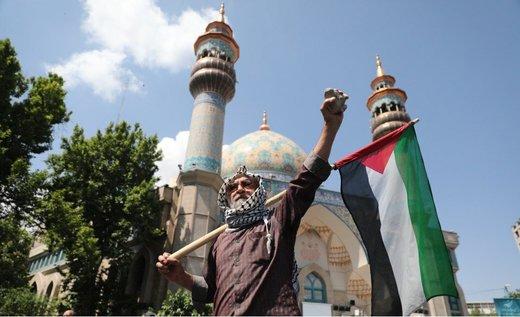 بالصور.. الايرانيون يشاركون في ميليونية القدس