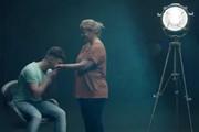 فیلم | تبلیغ مایع ظرفشویی که گریه همه را درآورد!