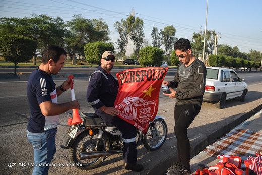 هواداران تیمهای داماش و پرسپولیس در اهواز