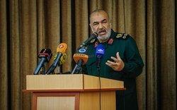 تبریک فرمانده کل سپاه به سردارانی که از سوی آمریکا تحریم شدند