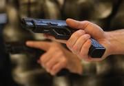 نمایندگان مجلس چرا علاوه بر داشتن محافظ باید اسلحه داشته باشند؟