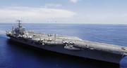ناو هواپیمابر آمریکایی پشت مرزهای خلیج فارس باقی ماند