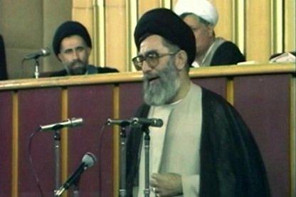 چه کسی در مخالفت با رهبری آیتالله خامنهای در ۱۴ خرداد ۶۸ صحبت کرد؟/ خاطره ناطقنوری را بخوانید