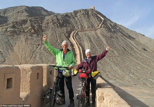 اوج هیجان سفر با دوچرخه برای این زوج