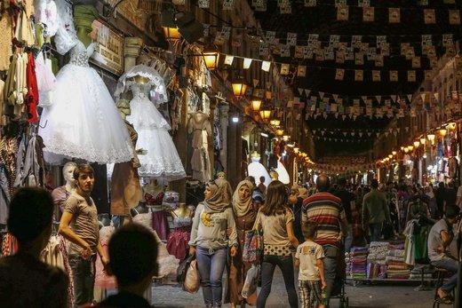 بازار عید فطر در بازار حمیدیه شهر دمشق سوریه