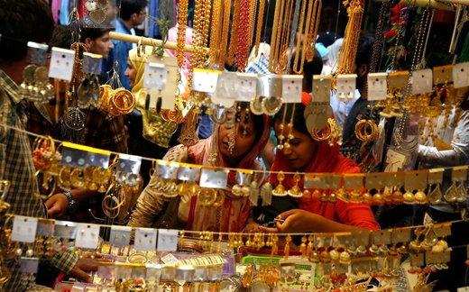 بازار عید فطر در کشمیر هند