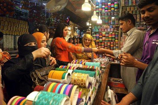 بازار عید فطر در شهر لاهور پاکستان
